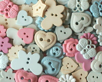100 NOVELTY PASTEL BUTTONS No 2 Assorted Sizes & Shades - Sewing & Scrapbooking