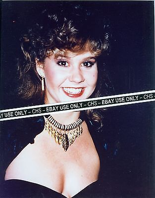 """LINDA BLAIR SEXY!! EARLY COLOR 8x10 PHOTO """"THE EXORCIST"""" """"CHAINED HEAT"""""""