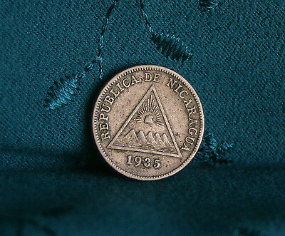 1935 Nicaragua 5 Centavos Copper Nickel World Coin Central America Low Mintage