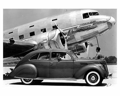 1936 Lincoln Zephyr & American Airlines Airplane Factory Photo uc6623