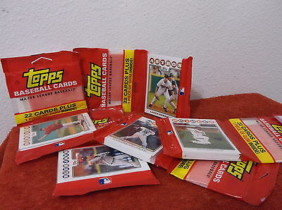 """New 2008 """"topps"""" 22 Card Sealed Pac Of Baseball Cards & Gum.....lot Of 2 Packs"""