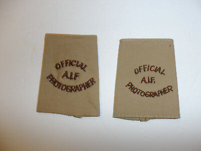 c0396 WW 2 Australian Infantry Forces Official A.I.F. Photographer shoulder tabs