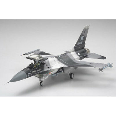 TAMIYA 61106 F-16C/N Aggressor 1:48 Aircraft Model Kit