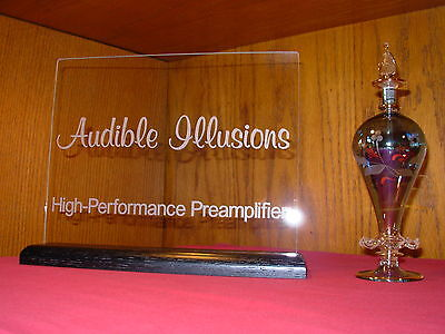 AUDIBLE ILLUSIONS ETCHED GLASS AUDIO SIGN