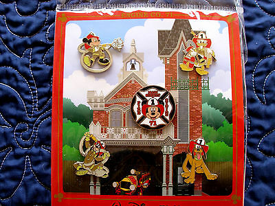 Disney * WDW FIREHOUSE * 5 pin MICKEY & FRIENDS  BOOSTER Set - New In Package