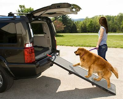 Pet Gear Portable Tri-Fold Widest Dog Ramp / Stair PG9300DR capacity 200lbs