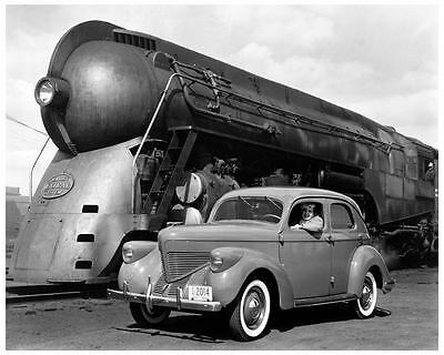 1939 Willys Overland Dreyfuss Streamline NY Central Train Photo Poster zad4073