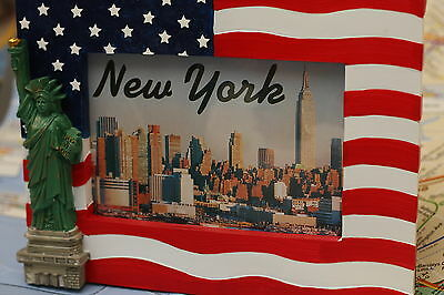 AMERICAN FLAG & 3D STATUE OF LIBERTY 4X6 PICTURE FRAME NEW YORK SOUVENIR