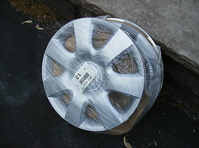 set of 4 2000 2001 2002 2003 2004 2005 2006 Toyota Camry hubcaps wheel covers