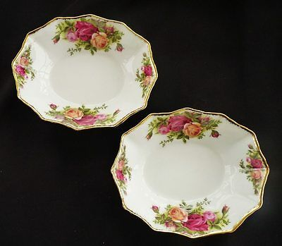 2 VINTAGE ROYAL ALBERT OLD COUNTRY ROSES BONBON SWEET DISHES *PRETTY SHABBY CHIC