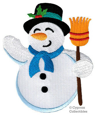CUTE SNOWMAN iron-on PATCH embroidered APPLIQUE FROSTY WINTER HOLIDAY CRAFT