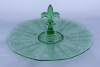 Fostoria green VERNON depression glass etched round lunch tray, center handle