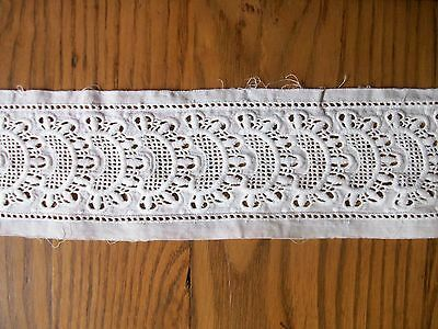 """VINTAGE 3 1/4"""" COTTON WHITE EYELET EMBROIDERED WHITEWORK INSERTION LACE 3 3/4 YD"""