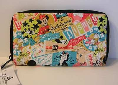DISNEY PARKS MICKEY AND FRIENDS COLLAGE ZIP WALLET CLUTCH NEW WITH TAGS