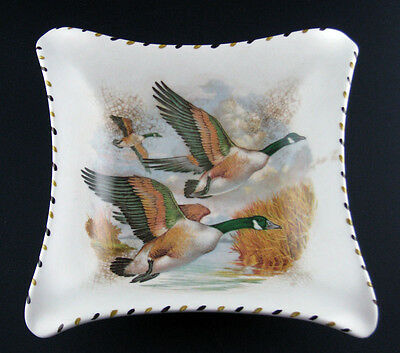 H J Wood Burslem 'Norfolk' Pattern Dish with Flying Geese 9 inch