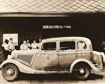 BONNIE AND CLYDE PHOTO SIDE VIEW DEATH CAR BULLET HOLES PUBLIC DISPLAY #20964