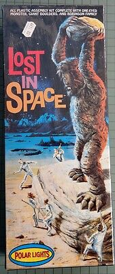"VINTAGE "" LOST IN SPACE"" ""ONE-EYED MONSTER""  MODEL KIT"