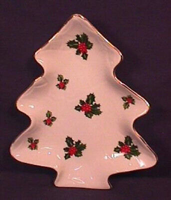 Lefton Holly and Berry Design Christmas Tree Candy Dish