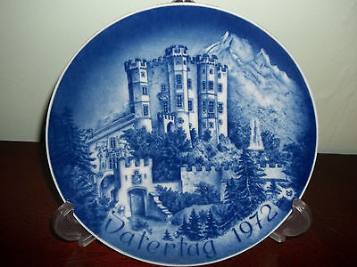 1972 Bayreuther Blue White Plate Vatertag Father's Day Castle