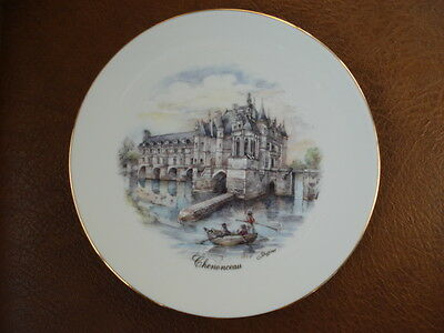 """NEW GENUINE LIMOGES PORCELAIN COLLECTOR'S PLATE """"CHENONCEAU"""" SIGNED BY ARTIST"""