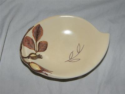 BEAUTIFUL VINTAGE CARLTON WARE LEAF SHAPED PIN DISH ~ HAZLENUTS #2306