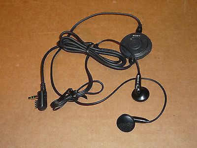 Rare Original Sony Walkman Remote and Headphones RM-CD6