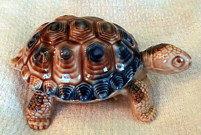 """WADE PORCELAIN England 1958-1988 4"""" 2 piece TORTOISE Part of the Tortoise Family"""