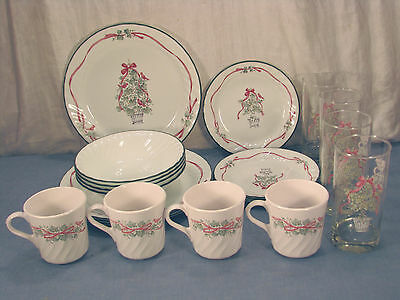 Retired 20 Piece Set Callaway Holiday Corelle  Dinnerware By Corning Set 2