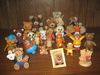 HUGE LOT OF MINIATURE BEARS-26 pieces