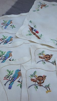 Vtg MADEIRA 13-piece Linen Set BIRDS: Runner + 6 Placemats + 6 Napkins, Unused
