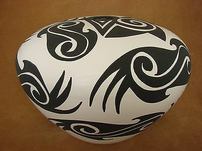 Native American Acoma Indian Pottery Hand Painted Pot! by Kuutimaitsa