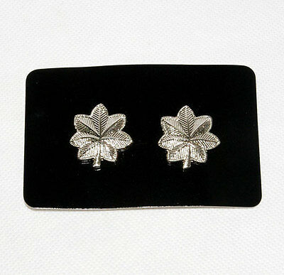 Pair Of Ww2 Us Army Lieutenant Colonel Epaulette Device Pin Badge -31946