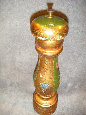 ITALY  GARNTITO BEAUTIFUL GOLD PAINTED WOOD BRASS PEPPER GRINDER/MILL  ITALIAN