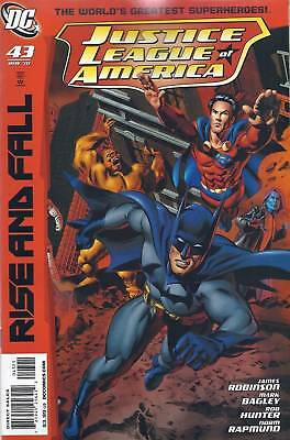 DC Justice League of America comic issue 43 Limited variant