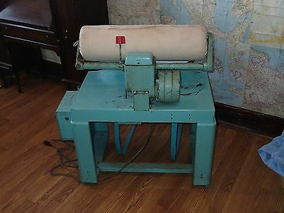 Vintage 1940s The Ironrite Commercial Ironer Original Chair Coin Operated WORKS