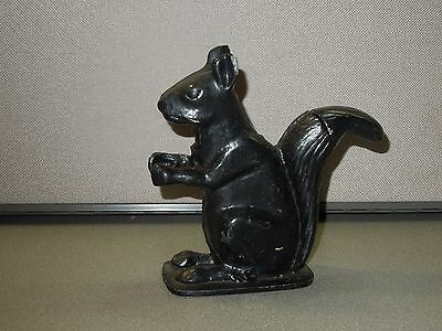 "VINTAGE BLACK CAST IRON SQUIRREL NUT CRACKER GOOD WORKING COND. 7.5"" TALL METAL"