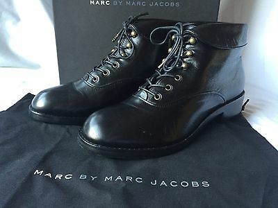NIB MARC by MARC JACOBS Hook Leather Ankle Boots Black Size 37.5