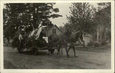 Williamstown VT Old Home Week Parade Camp Fire Girls Float Real Photo Postcard