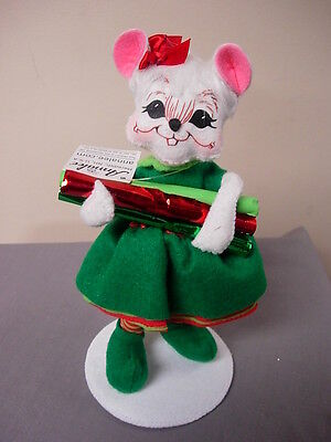 ANNALEE CHRISTMAS WORKSHOP GIRL MOUSE 6 INCH NEW LAST ONE!