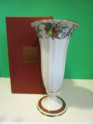 "LENOX Large HOLIDAY TARTAN VASE 10 1/2"" tall NEW in BOX"