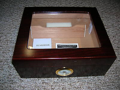 Whitetail Glasstop Humidor 35 to 50 cigar capacity- New In Box