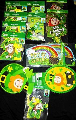 St Patricks 17pc  PARTY DECORATING KIT~TABLE CENTERPIECE~FOUNTAIN~WALL~NEW.