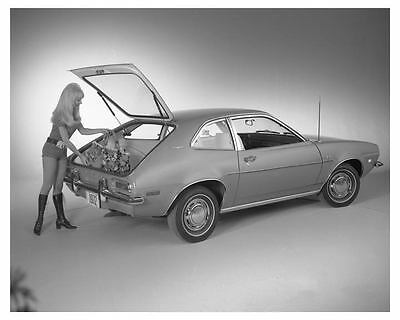 1972 Ford Pinto Runabout Automobile Factory Photo ch6891