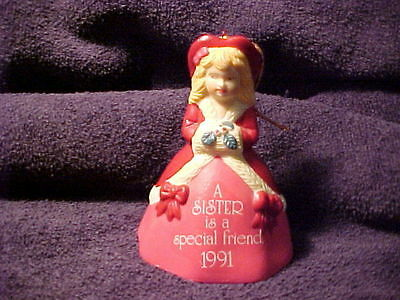 VINTAGE BELL  - AGC  - A SISTER IS A SPECIAL FRIEND   1991