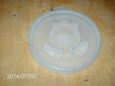 TUPPERWARE # 620 CLEAR TULIP JEL-N-SERVE DESIGN SEAL OR LID REPLACEMENT PART