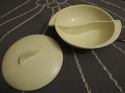 """Boonton #603 Divided Serving Dish with Lid - Bowl Butter Cream - Melmac 10"""""""