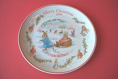 "WEDGWOOD PETER RABBIT 8 1/4"" CHRISTMAS PLATE 1999"