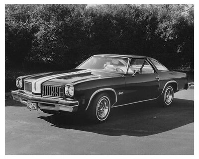 1975 Oldsmobile 442 Cutlass Automobile Factory Photo ch7160