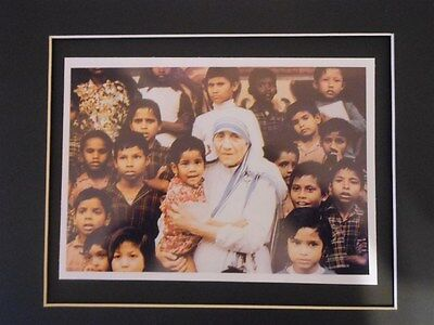 Mother Teresa At Her Mission In Calcutta India Photo Matted