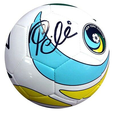 Pele Autographed Signed New York Cosmos Soccer Ball PSA/DNA #X56158